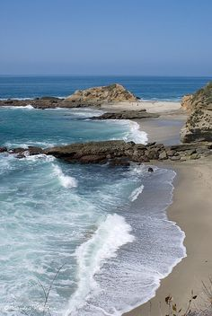 #Laguna Beach, CA - vacationtravelogu... We guarantee the best | http://paradiselifestyles.blogspot.com