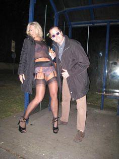 Die frivole Michaela aus Dortmund hatte Ronnie entsprechend auch frivol empfangen. #dating #hausfrauen #houswife #sexkontakte #girls #hot #geile