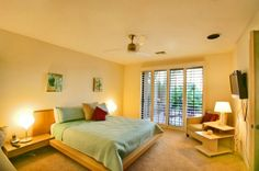 Desert luxury master bedroom idea