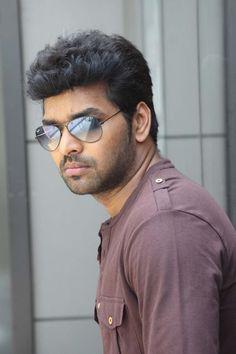Actor Jai from Valiyavan