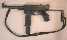 Pistolet mitrailleur MAT 42