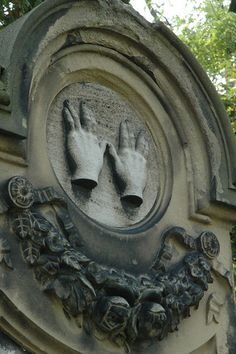 Various forms of hands on headstones are typically symbolic of reaching out for the afterlife toward heaven. Blessing Hands in Jewish Cemetery in Worms, Germany Cemetery Statues, Cemetery Headstones, Old Cemeteries, Cemetery Art, Graveyards, Angel Statues, Highgate Cemetery, Unusual Headstones, La Danse Macabre