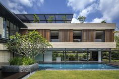 The Secret Garden House, designed by Singapore based Wallflower Architecture + Design, is situated in the good class bungalow area of Bukit Timah. The owner'...