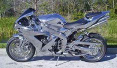 Chromed out Yamaha R1