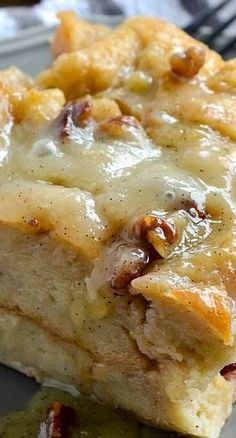 Bread Pudding with Vanilla Bean Sauce « These Look Amazing.,Yummy and Delicious!