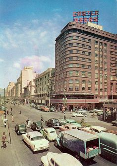 Scene of Adderley street with the Grand Hotel very prominent. Old Pictures, Old Photos, Cape Town South Africa, Most Beautiful Cities, African History, Grand Hotel, City Streets, Trip Advisor, Surfing