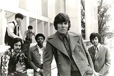 """Dennis Yost & the CLASSICS IV - TRACES (Lyrics)  