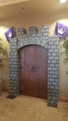 Resultado de imagem para decorating your classroom like a castle