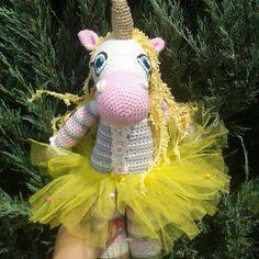PDF Единорожка. Бесплатный мастер-класс, схема и описание для вязания игрушки амигуруми крючком. Вяжем игрушки своими руками! FREE amigurumi pattern. #амигуруми #amigurumi #схема #описание #мк #pattern #вязание #crochet #knitting #toy #handmade #поделки #pdf #рукоделие #единорог #единорожка #unicorn #лошадь #лошадка #пони #конь #horse