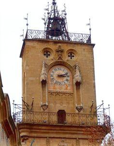Portes en bois sculpt cath drale st sauveur aix en for Porte de l horloge salon de provence