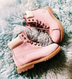 Pink Timberland Boots by amalia Sock Shoes, Cute Shoes, Me Too Shoes, Shoe Boots, Ankle Boots, Shoe Bag, Pink Timberland Boots, Pink Timberlands, Zapatos Shoes