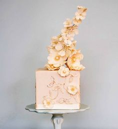 Elegant Square Little Pink Flower Cake