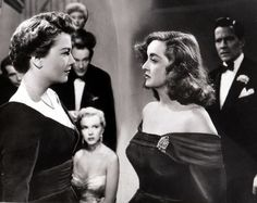 """American film, """"All About Eve"""": Four of the movie's Oscar nominees, Anne Baxter, George Sanders, Celeste Holm and Bette Davis) as well as the young actress sitting down named """"Marilyn Monroe"""". One of Bette Davis great performances. Anne Baxter, Old Hollywood, Classic Hollywood, Hollywood Glamour, Marilyn Monroe, Walt Disney Pictures, Joan Crawford, Joseph L Mankiewicz, Bette Davis Eyes"""