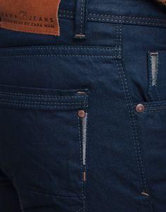 jeans back pocket -