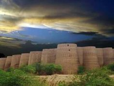 A breathtaking view of Derawar Fort.