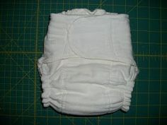 This was brought up today on my cloth diaper sewing board. Those diapers where the legs appear to be turned and top-stitched, but the r. Prefold Cloth Diapers, Fitted Cloth Diapers, Modern Cloth Nappies, Diy Diapers, Reusable Diapers, Sewing For Kids, Baby Sewing, Cloth Diaper Pattern, Sewing Tutorials