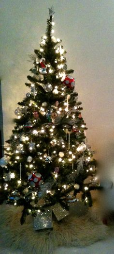 @MichaelsStores Dream Tree Challenge by Poppy Talk #Christmas #holiday #tree