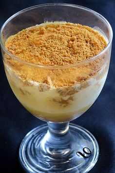 """Recettes Tiramisu pear speculoos, or how to revisit the favorite dessert of """"the love of my life"""" and celebrate our 47 years of marriage and our 50 ye. Mousse Dessert, Tiramisu Dessert, Creme Dessert, Fall Dessert Recipes, Easy Desserts, Fall Recipes, Appetizer Recipes, Low Cal, Kreative Desserts"""