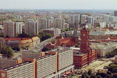 Looking down over Berlin... http://www.smaracuja.de/der-himmel-uber-berlin/