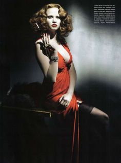 24 Film Noir-Inspired Shoots - From Broken Glass Fashion Ads to Femme Fatale Fashiontography (CLUSTER)