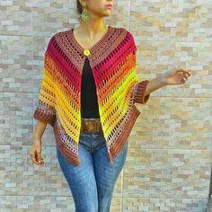new Ideas for crochet vestidos fashion link Crochet Cape, Crochet Gloves, Crochet Jacket, Crochet Cardigan, Knit Crochet, Irish Crochet, Crochet Amigurumi Free Patterns, Crochet Stitches, Crochet Shawl Diagram