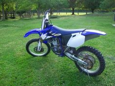 2005 Yamaha YZF450 Dirt Bike , blue/ white for sale in Jacksonville, FL