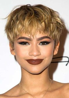 30 New Pixie Hairstyles | http://www.short-hairstyles.co/30-new-pixie-hairstyles.html