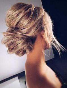 Schöne Frisuren für Blonde Haare - Peinados y pelo 2018 para hombre y mujeres Bride Hairstyles, Pretty Hairstyles, Hairstyle Ideas, Hair Ideas, Hairstyles 2018, Hairdos, Bridesmaid Updo Hairstyles, Classic Updo Hairstyles, Famous Hairstyles