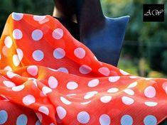 """#esarfa #esarfahandmade #esarfafina #esarfavoal #esarfaartwear #artwear #accesoriihandmade #accesorifemei #accesoriifashion  Impresionanta prin material si culoare, esarfa """"MANGO CU BULINE"""" poat fi purtata: - pe umeri, in serile racoroase de vara; - la palarie, intr-o funda sic, in zilele toride de vara; - pe cap, impreuna cu ochelarii de soare, intr-o masina decapotabila; :) - la talie, transformata intr-un cordon rafinat; - la manerul posetei, unicizand intreaga tinuta. Alexander Mcqueen Scarf, Cape, Delicate, Handmade, How To Wear, Fashion, Mantle, Moda, Cabo"""