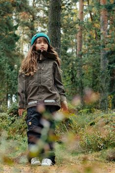 Forest outdoor adventures with kids. Hipster hiking outfit for girls and boys. Green wool beanie for kids. Adventure Outfit, Adventure Gear, Kids Beanies, Girl Outfits, Cute Outfits, Hiking With Kids, Green Wool, Outdoor Outfit, Boys