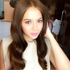 Julia Montes Child Actresses, Child Actors, Filipina Beauty, Celebs, Celebrities, Fashion Models, Beautiful Women, Hairstyle, Singer