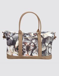 Order Drop Dead - Okami Holdall Multicolored - Bag by Drop Dead for € at Impericon - The biggest assortment in Europe. Drop Dead Clothing, Xmas Wishes, Travel Items, Band Merch, Girls Accessories, Purses And Bags, Gym Bag, My Style, Stuff To Buy