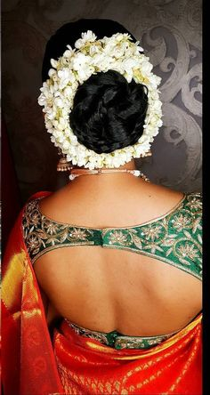 Indian Long Hair Braid, Braids For Long Hair, Saree Blouse Designs, Blouse Patterns, Bridal Hair Buns, Hair Knot, Fashion Gallery, India Beauty, Henna Designs
