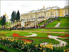 Peterhof Gardens in Peterhof Palace in St. Petersburg