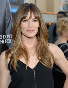 Jennifer Garner's Wispy Bangs - Haute Hairstyles for Women Over 40 - Photos