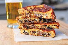 Riquísimas recetas de sándwiches para una cena rápida ¡o una merienda especial! Descubre las recetas de sándwiches calientes que te proponemos hoy.