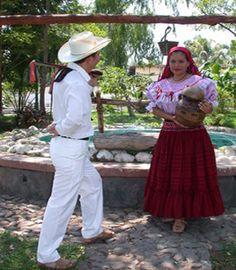 EL SALVADOR : traje de pancha
