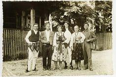 Folk Costume, Costumes, My Heritage, Poland, Couple Photos, Couples, Travel, Style, Fotografia