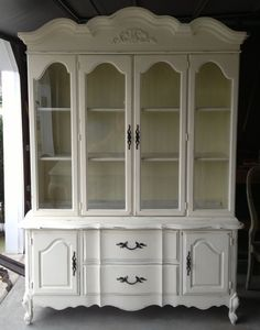 7 Generous Tips AND Tricks: Dining Furniture Parsons Chairs dining furniture parsons chairs.Dining Furniture Modern Mid Century outdoor dining furniture with umbrella. China Cabinet Redo, Painted China Cabinets, Painted Hutch, Hutch Cabinet, Cabinet Ideas, Genius Ideas, Cool Ideas, Outdoor Dining Furniture, Kitchen Furniture