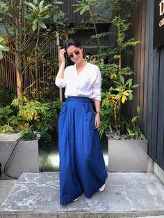 Blue Palazzo Pants - Trousers   Shop on sheisrebel.com #sheisrebel #fashion #style #womenfashion #onlineshopping #trending #stylish #streetstyle #womentrousers #bluetrousers #palazzopants #palazzo #royalblue #widelegpants #ootd Modest Outfits, Modest Fashion, Stylish Outfits, Summer Outfits, Cute Outfits, Fashion Outfits, Women's Fashion, Blue Trousers, Wide Pants