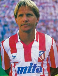 Bernd Schuster - Atletico Madrid Deutschland Ex-Nationalspieler Football Icon, Football Soccer, Football Players, At Madrid, Look At The Moon, Best Games, All Star, Retro, Number