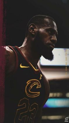 Lebron James Wallpaper Lebron James Poster, Lebron James Cavs, King Lebron James, King James, Basketball Pictures, Sports Basketball, Basketball Players, Nba Pictures, Sports Wall