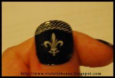 Saints fleur de lis nail art.