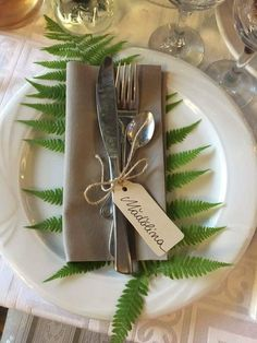 Wedding table Wedding plating wedding guest name