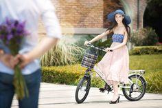 bike electric bicycle beauty flower lover Bike Electric, Hot Girls, Flower, Green, Model, Travel, Beautiful, Beauty, Viajes