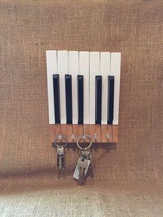 Piano key keyholder Wall hanging Piano keys by MattManMerch Vieux Pianos, Ivory Piano, Piano Parts, Old Pianos, Music Crafts, Rose Of Sharon, Piano Keys, Magnetic Knife Strip, Decor Ideas