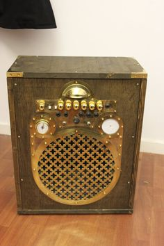 Steampunk guitar amplifier