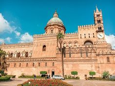 From the food to the weather, the people, the beaches, the architecture, the cost of living and safety - find out what living in Palermo is really like! Palermo Italy, Places In Italy, Sardinia, World Heritage Sites, Sicily, Beautiful Beaches, Day Trips, The Good Place, Sicilian Food
