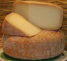 Ossau Iraty, a ewe's milk cheese from the Basque region in France. It has a mild nutty flavour.