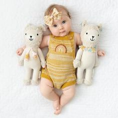 Lola the llama – cuddle+kind Newborn Pictures, Baby Pictures, Cute Kids, Cute Babies, Foto Baby, Baby Month By Month, Baby Wearing, Baby Fever, Cuddling